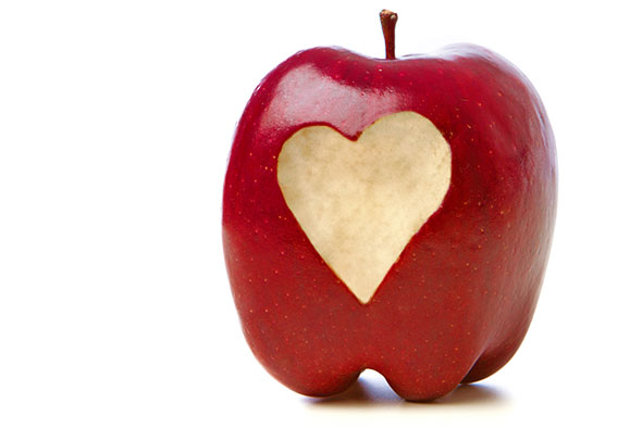 apple-w-heart-bite-590x394jpg
